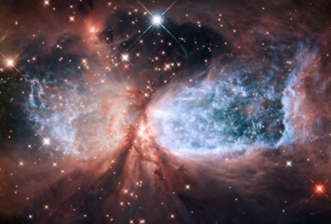 Hubble_snow_angel